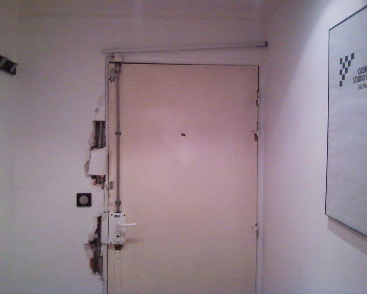 isolation phonique porte paliere bloc porte acoustique. Black Bedroom Furniture Sets. Home Design Ideas